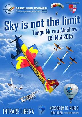 Demonstraţie aviatică la Târgu Mureş